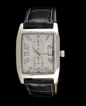 Men watch Henley 1003.1